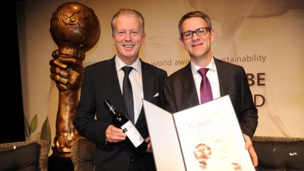 Den Energy Globe World Award hielt am Ende der Kanadier Doug McClenahan in den Händen.