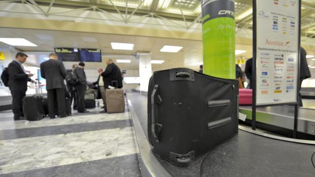 Noch ist der Ankunftsbereich des Skylink-Terminals leer. Ab Juni 2012 wird der Betrieb aufgenommen.