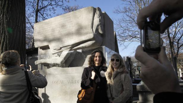 Kussmünder auf dem Grabmal des Dandy-Poeten Oscar Wilde: Seit den Neunzigern en vogue.