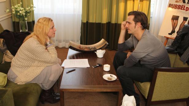"""Redselig: Der Mime traf den KURIER im Hotel """"The Ring""""."""