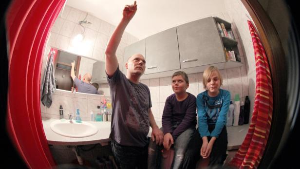 Die Badezimmerdecke der Familie M. war nicht mehr zu retten