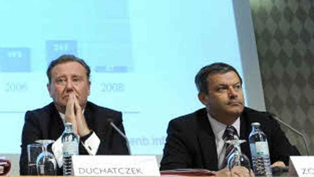Disharmonien in der Notenbank: Wolfgang Duchatczek, VP, (links) ist Aufsichtsratschef, aber Kollegen Peter Zöllner, SP, untersteht die Revision