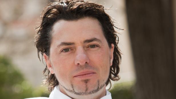 """Thomas Dorfer kocht im Haus seiner Schwiegermama Lisl Wagner-Bacher, die sich langsam aus dem Geschehen zurückzieht. 2009 wurde er """"Koch des Jahres"""". Er setzt auf Regionalität und Tradition."""