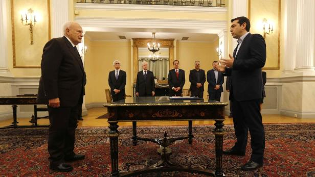 Tsipras is sworn in as Greece's first leftist prim