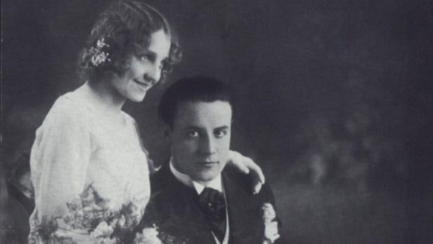 Die erste Ehe: Johannes Heesters mit Wiesje im Jahre 1930