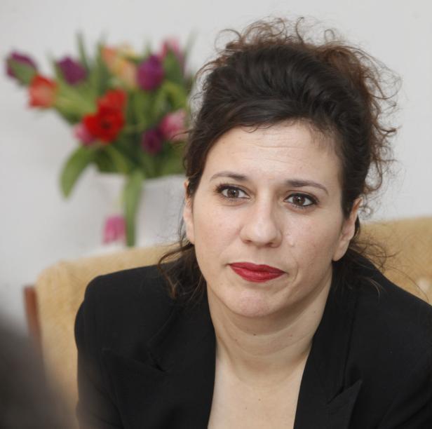 Heide Schicht, Astghik Der Sakarian