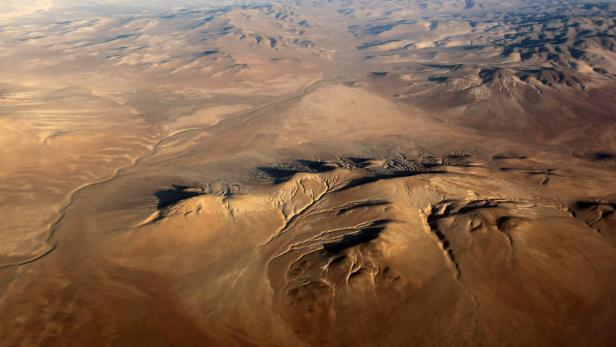 Trocken: Die Dakar führt durch die berüchtigte Atacama