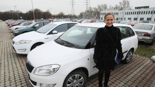 Schuldbewusst: Inna Sinelschikova hat den Mietwagen falsch geparkt