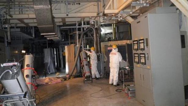 Die Arbeiter in Fukushima haben in Reaktor 2 hohe Werte gemessen.