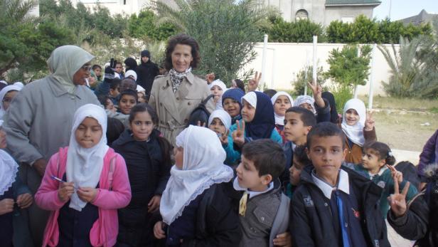 Recherche in einer Schule: Reporterin Antonia Rados in Libyen.