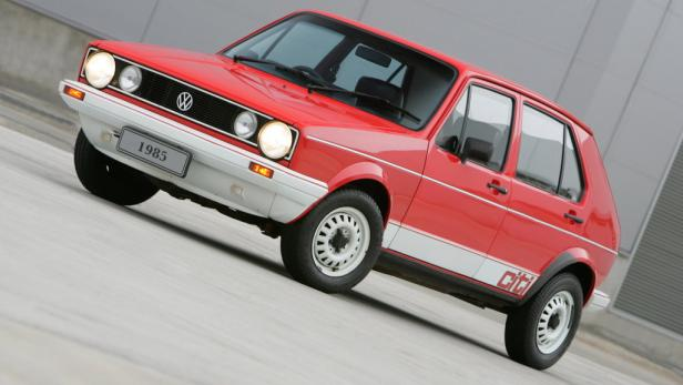 VW Golf: Früher verbrauchten die Autos mehr Sprit, wurden aber auch leichter gebaut.