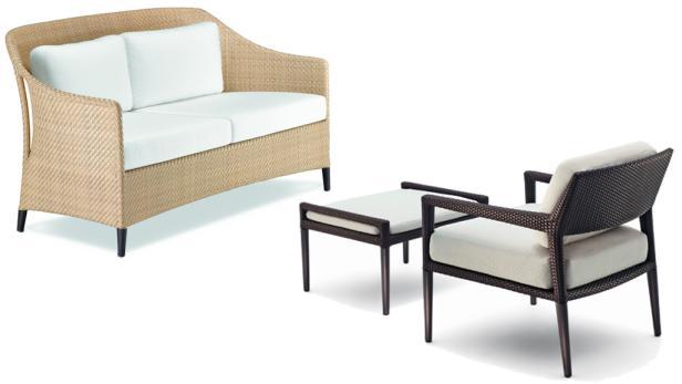 """Viele Gartenmöbel unterscheiden sich kaum mehr von jenen aus dem Wohnbereich. Die Sitzbank stammt aus der Kollektion """"Summerland"""". Niedrige Möbel sind data-pg-spunq--ideal zum Entspannen oder Lesen: Lounge-Stuhl aus der Serie """"Tribeca"""", beides v"""