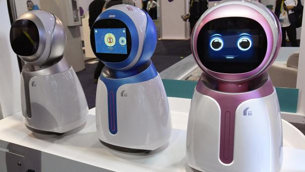 US-LATEST-CONSUMER-TECHNOLOGY-PRODUCTS-ON-DISPLAY-