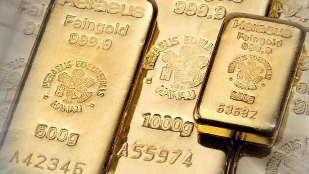 Gold in Barren zu verschiedenen Größen