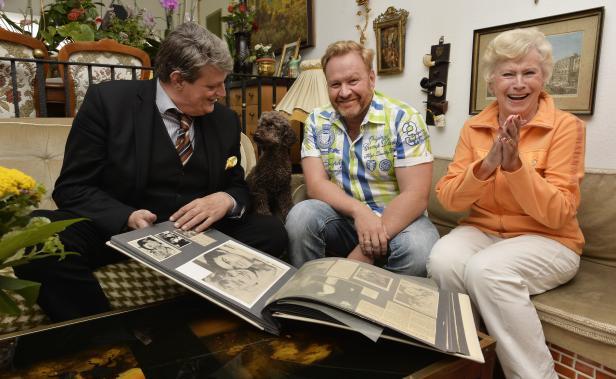 Bilderbuchkarriere: Hasi (mit Sohn Marcus & Pudel Puppi) mit dem KURIER-Reporter