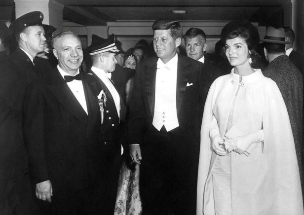 John F. Kennedy and Jacqueline Kennedy arrive at t