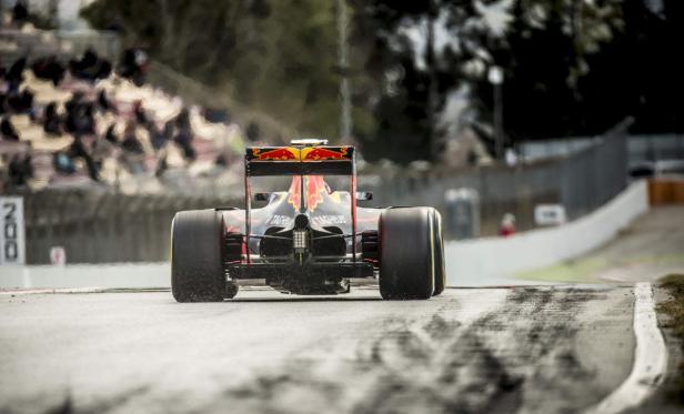 Trotz neuem Namen: Im Heck des Red Bull steckt ein Renault.