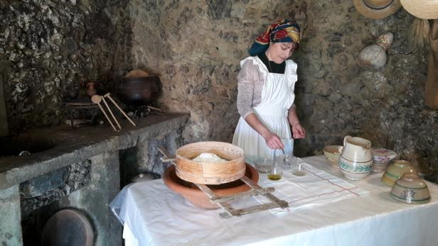 Brotbacken in der Quinta das Raiadas