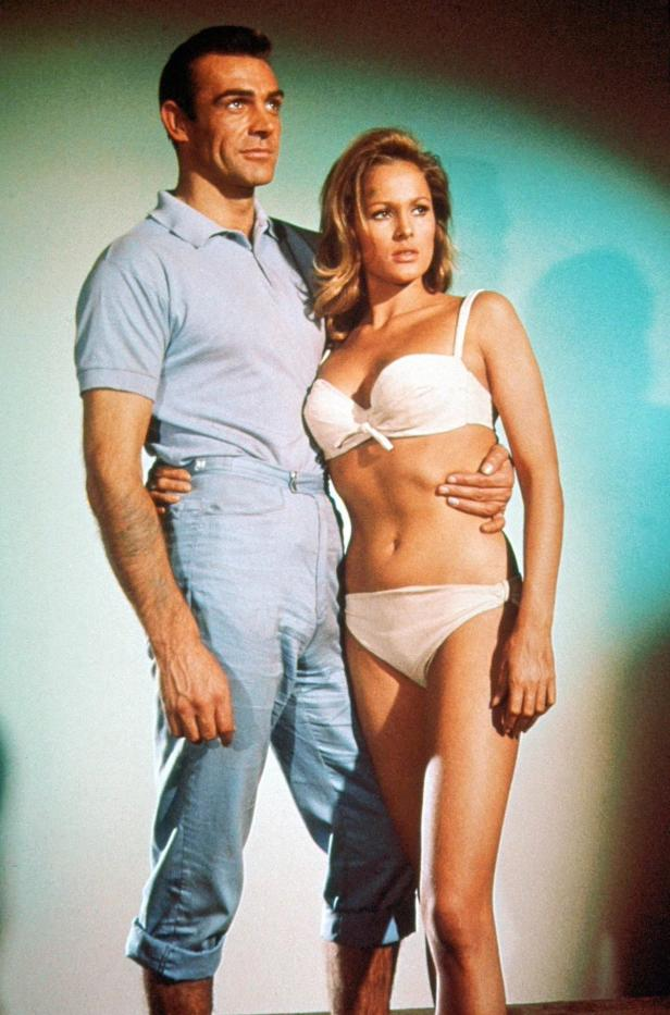Ursula Andress mit Sean Connery