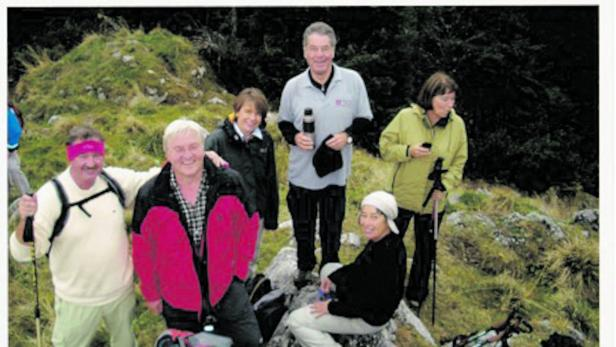 Gemeinsam auf lichten Höhen, die Ehepaare Asselborn, Steinmeier und Fischer.