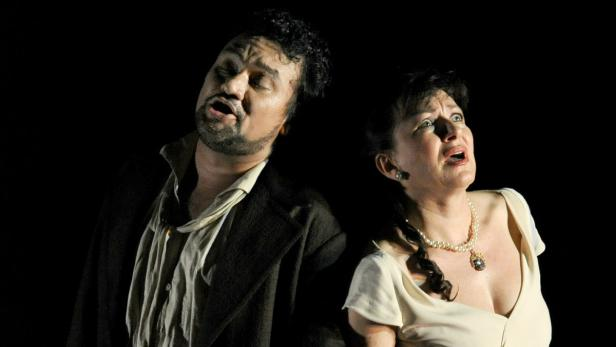 """Verdis """"Don Carlo"""" am Ring: Ramón Vargas singt die Titelpartie; Krassimira Stoyanova ist seine Elisabeth."""