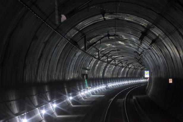 Die Längsten Tunnel Der Welt Kurierat