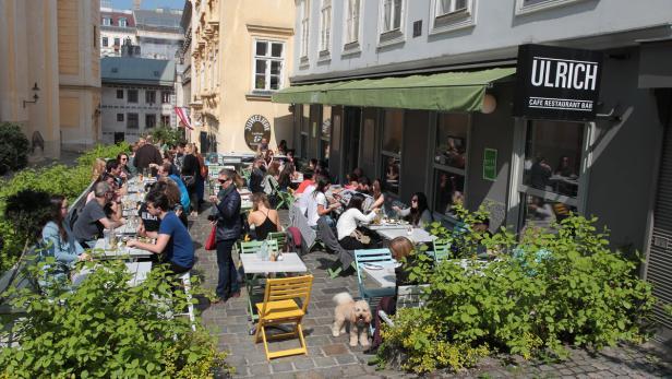 Grätzelreportage, 7., Sankt Ulrichs Platz