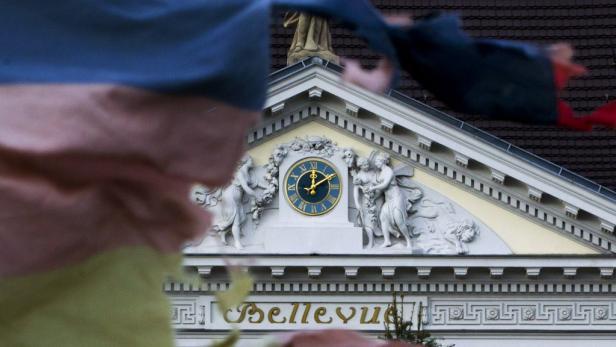 Sturmstimmung vor Schloss Bellevue: Erstmals forderten Hunderte Demonstranten Wulffs Rücktritt