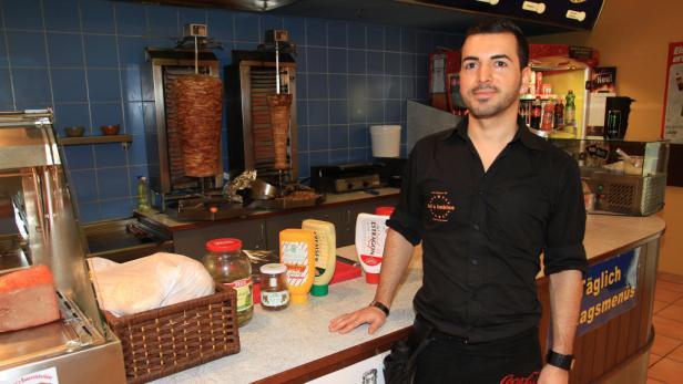 Ari Mahir hatte schon Kunden, die noch nie Kebap gegessen haben.