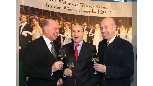 Beim selben Friseur?: NÖ-LH Erwin Pröll, Staatsoperndirektor Dominique Meyer und Franz Ehrenleitner.