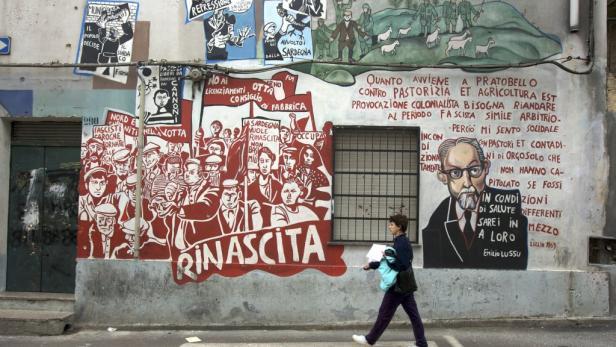 """""""Murales"""" heißen die Wandgemälde in den Hauptstraßen von Orgosolo."""