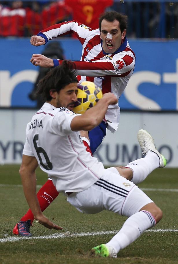 Gut drauf: Godin und Atlético schossen zuletzt auch Real ab.
