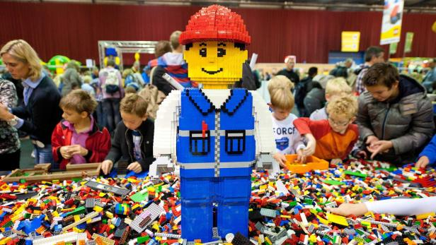 FILE NETHERLANDS ECONOMY LEGO