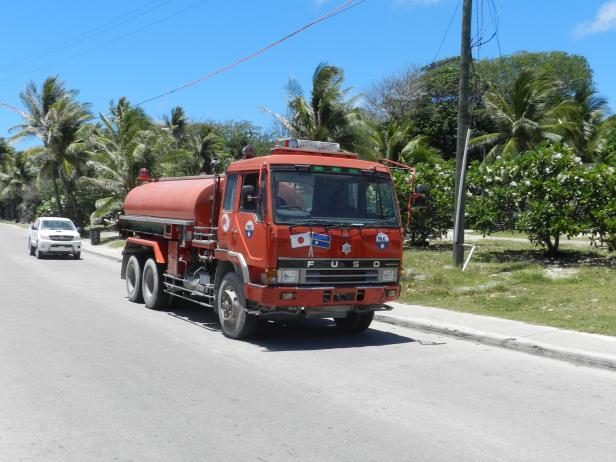 Der Wasser-Tankwagen, eine Spende