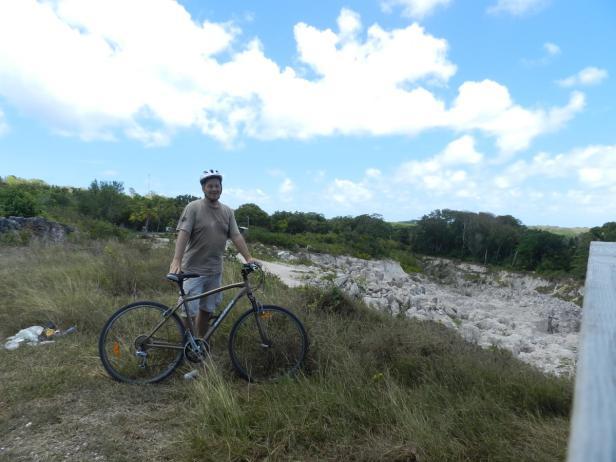 Pazifikinsel Nauru, 2013, Mountainbiking im Tageba…