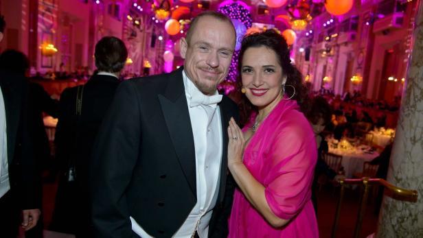 Erster Silvesterball für Gery Keszler, Alexandra Reinprecht sang für die Gäste