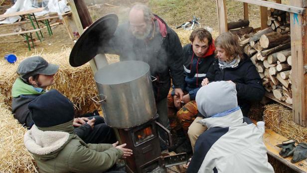 Protest: Umweltschützer besetzten 2006 die Lobau