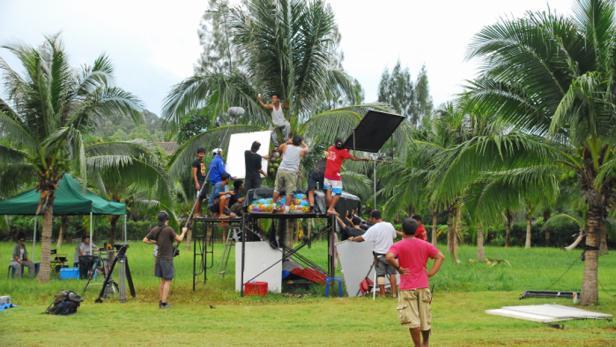 Aufbau für den Dreh eines Stunts - Sprung vom Baum