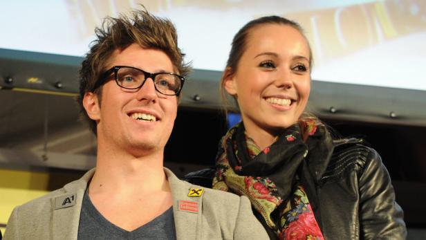 Schönes Paar: Der 23-jährige Skirennläufer Marcel Hirscher und Freundin Laura