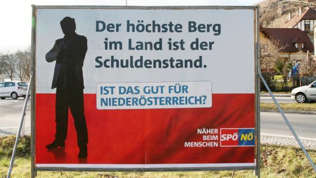 Von der Kremser Hauptdurchfahrt entfernt: Anti-Pröll-Plakate