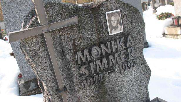 Grab Monika Simmer in Bad Goisern                 …