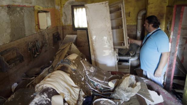 Auch Nebojsa Simic hat mit dem Haus sein ganzes Erspartes verloren