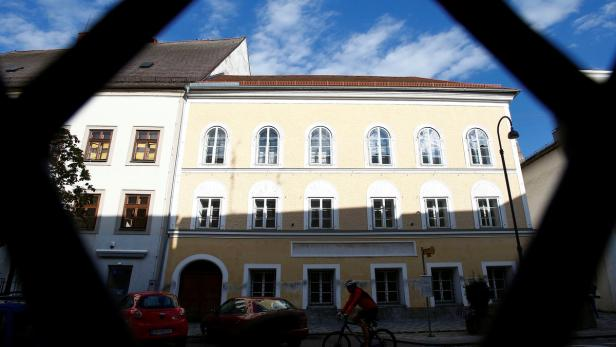The house of in which Adolf Hitler was born is see