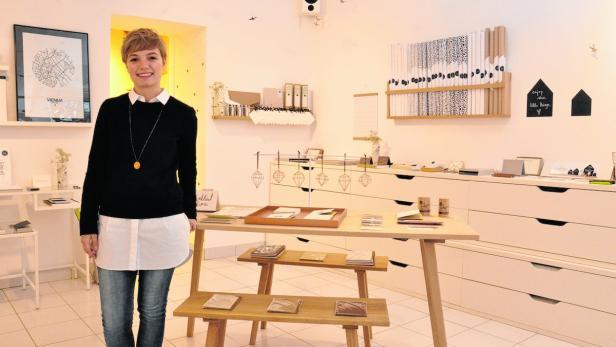Teresa Scheicher frönt im Paperbird ihrer Leidenschaft für Papier