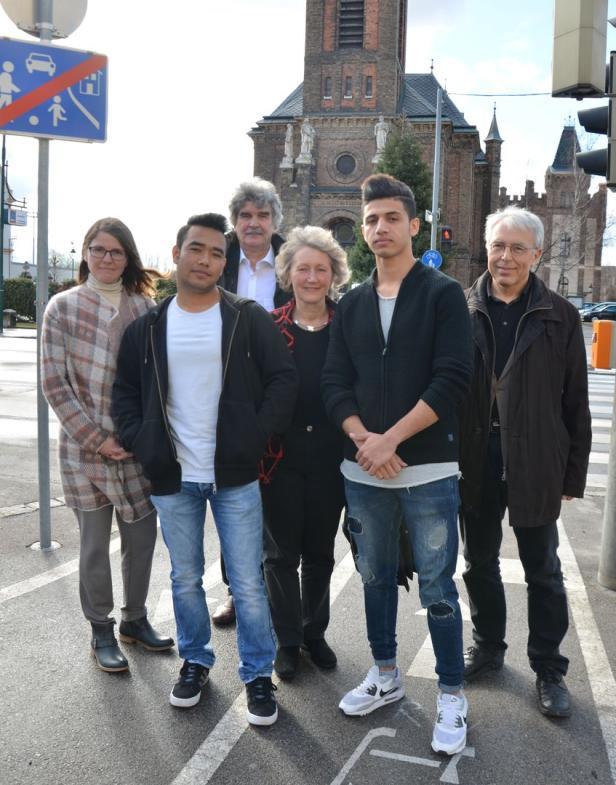 Helfer von Connect Mödling setzen sich für Flüchtlinge ein