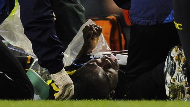 Muamba kämpft zur Zeit in einem Londoner Spital um sein Leben.