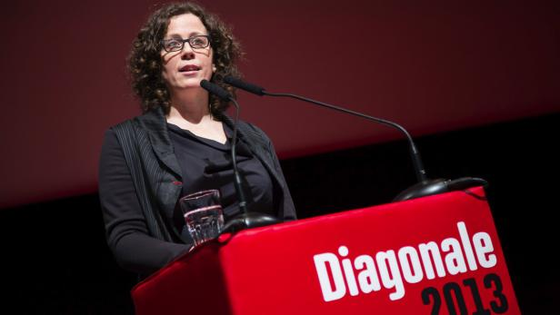 Intendantin Barbara Pichler bei ihrer Eröffnungsrede