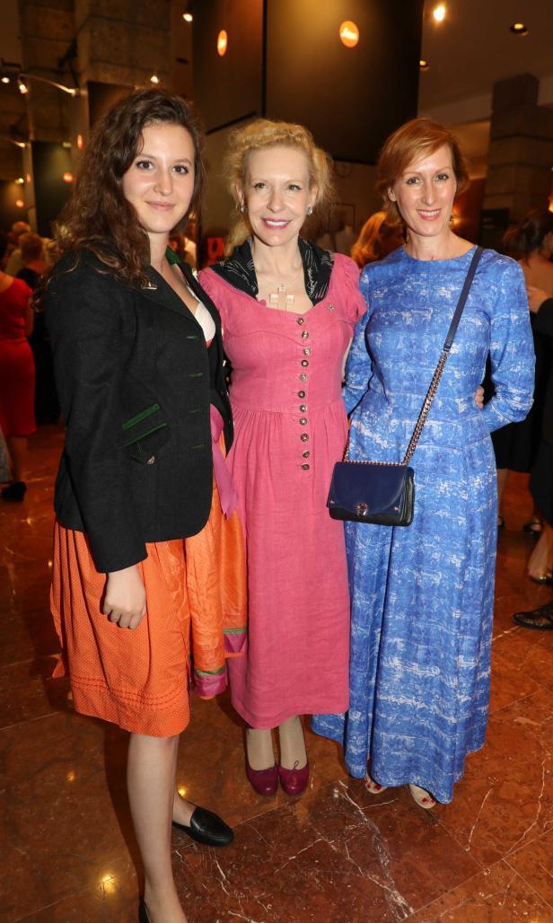 Sunnyi Melles mit Tochter Leonie (li.) und Nicole Beutler (re.)