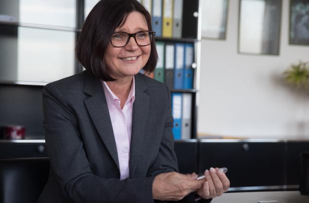 Verkehrsbüro-Managerin Helga Freund baut Gay-Reiseangebote aus