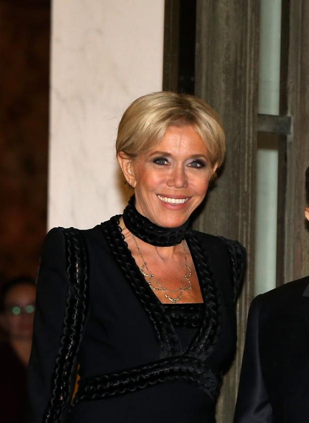 Extrem Straff Was Hat Brigitte Macron Machen Lassen Kurier At